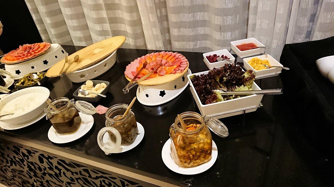 マラケシュのアダムパークホテルにて朝食バイキングを5