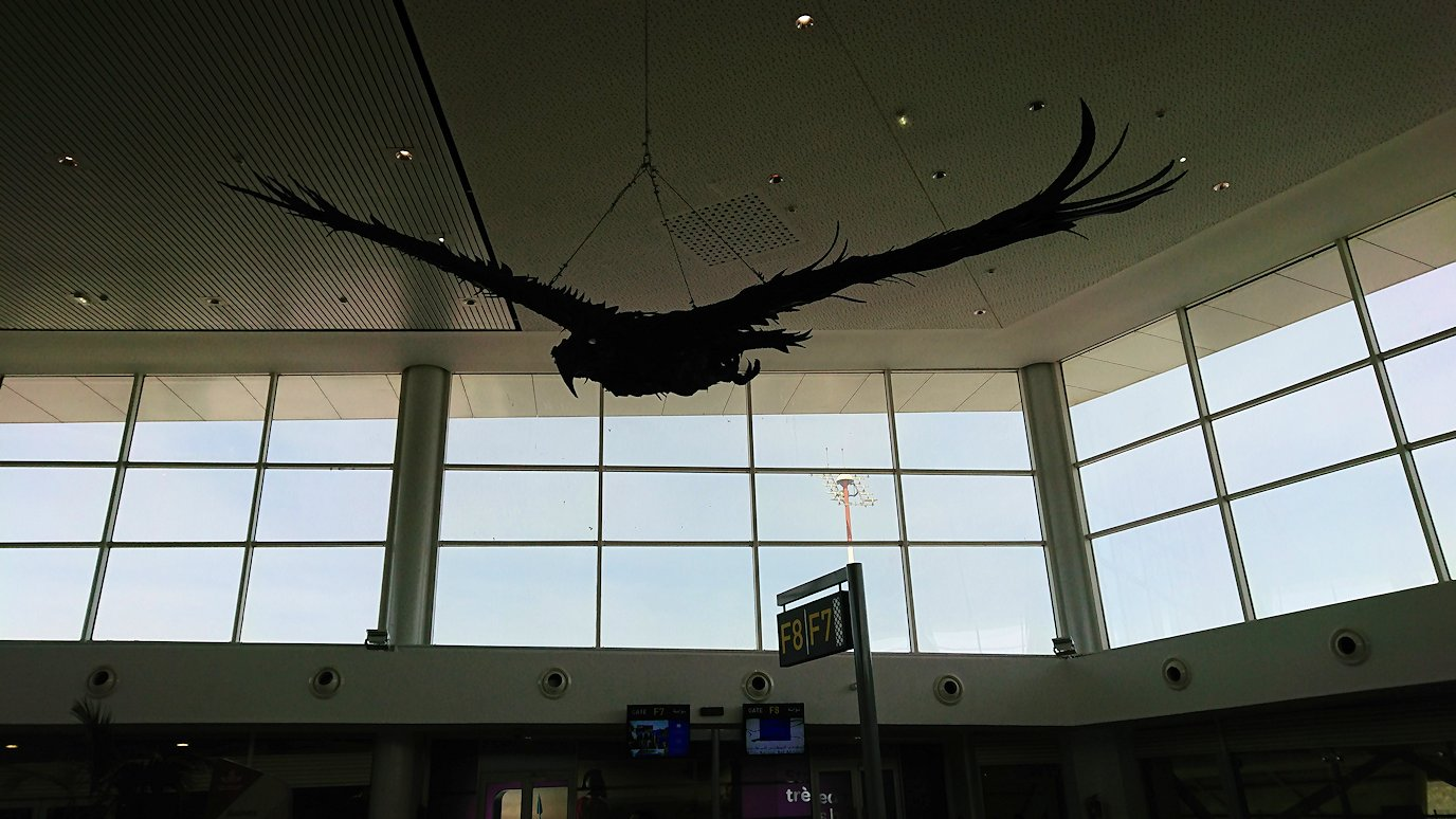 ロッコのカサブランカ空港の国際線ターミナル内のラウンジにて1