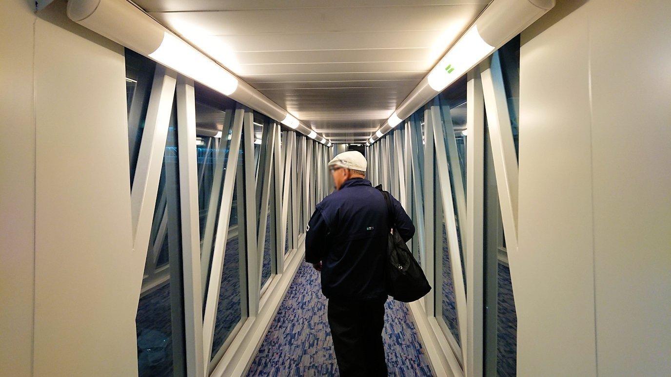 ドバイ国際空港から遂に関西国際空港に向けて出発の時間3
