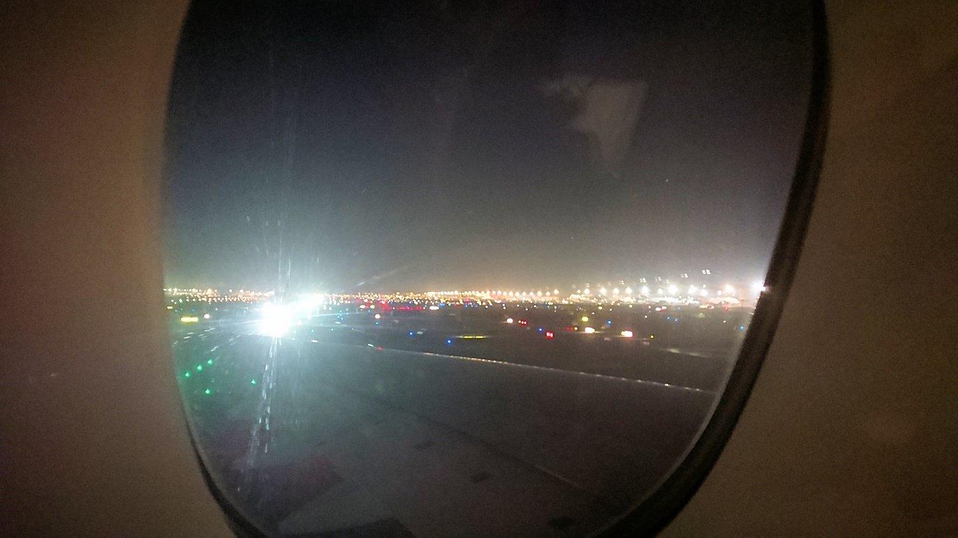 ドバイ国際空港から遂に関西国際空港に向けて出発します3