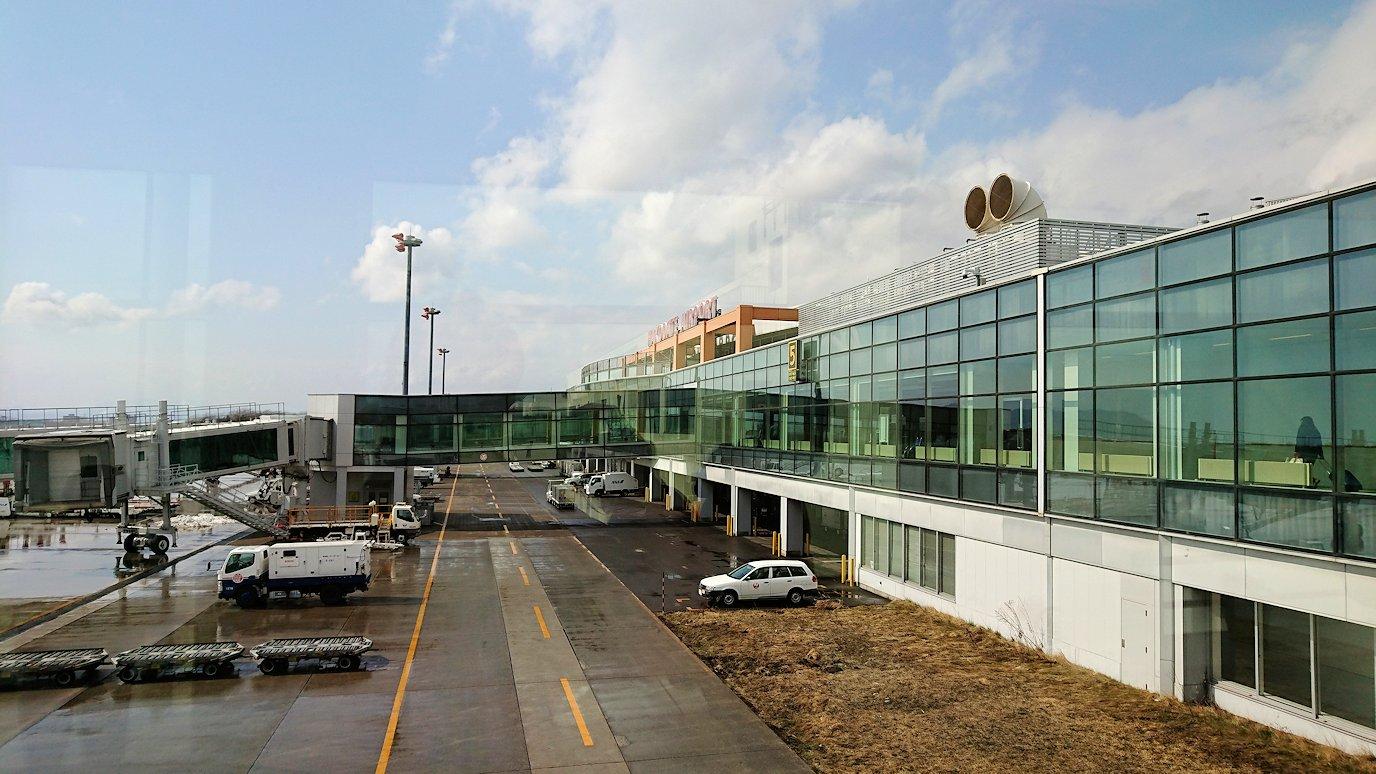 無事函館空港に到着し、内部を見て回る
