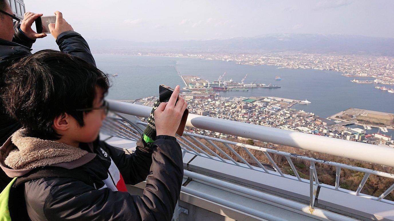 函館市内の函館山ロープウェイで頂上に到着!8
