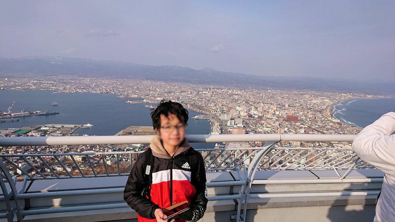 函館市内の函館山ロープウェイで頂上に到着!9