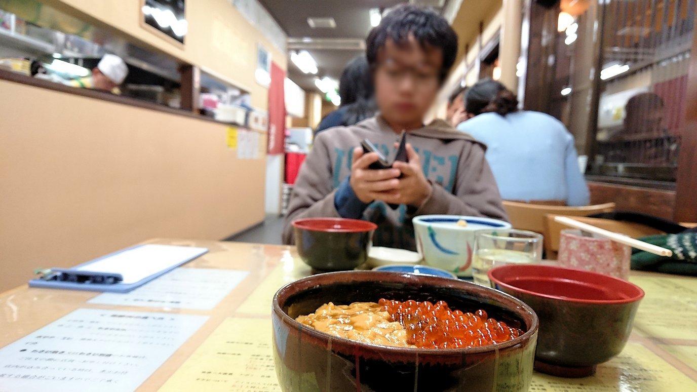 函館最終日、まずは朝市会場で朝食を食べる7