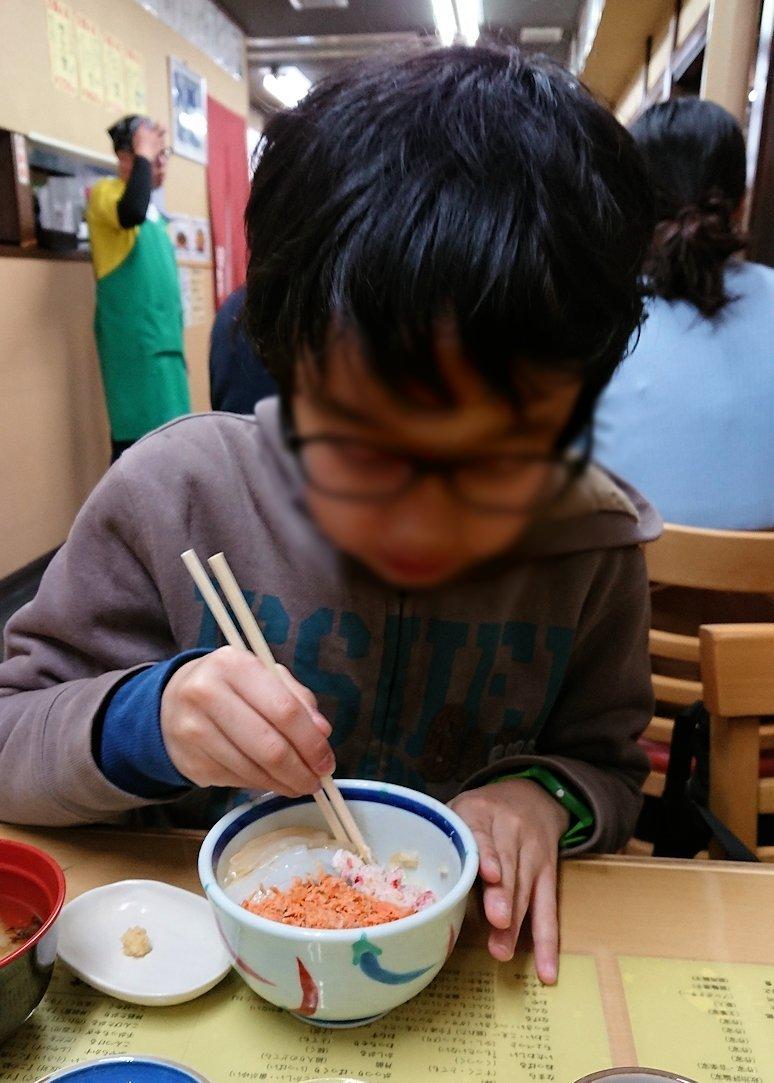 函館最終日、まずは朝市会場で朝食を食べる9