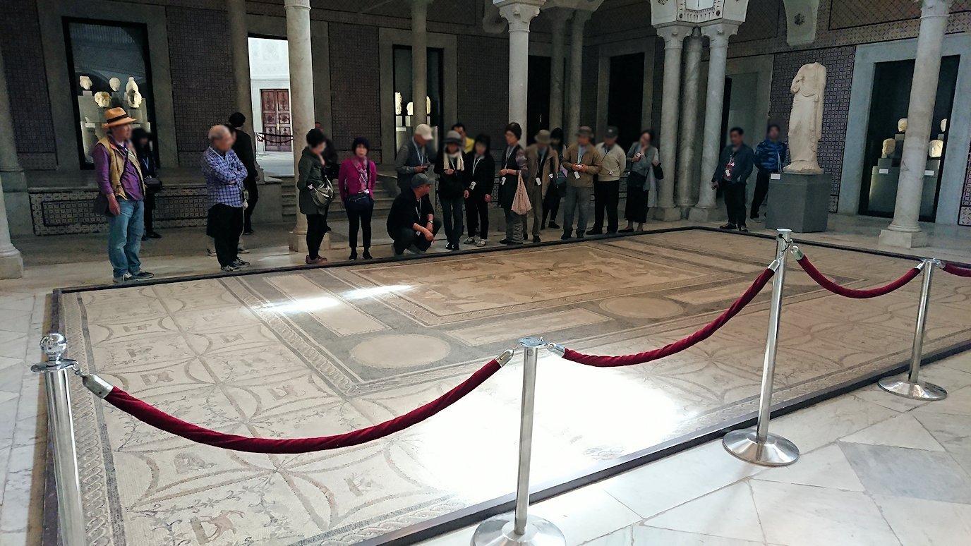 チュニスのバルドー博物館で展示されている像を見ながら散策4