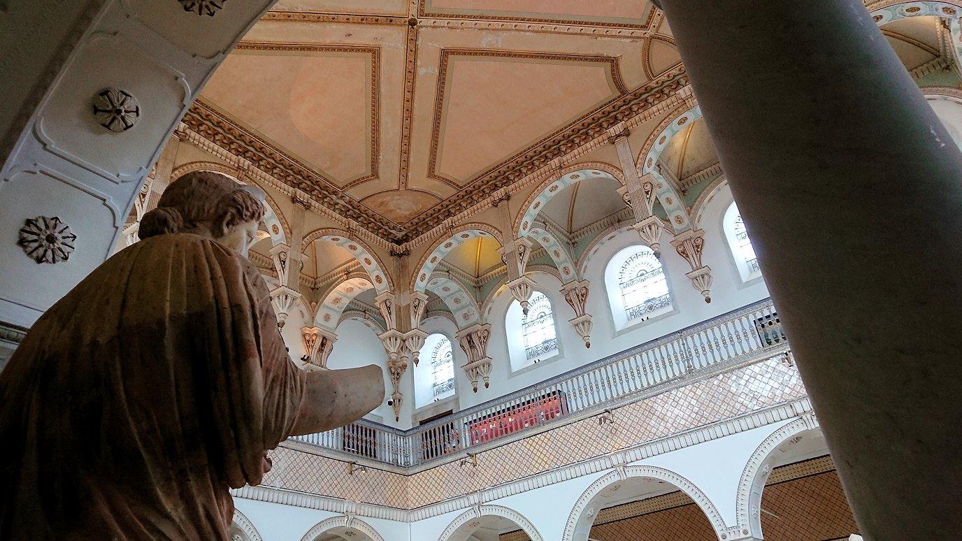 チュニスのバルドー博物館で作品を見て行きます