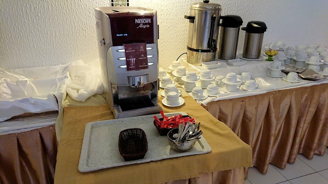 チュニジアのホテル:コンチネンタル(CONTINENTAL)での朝食は?5