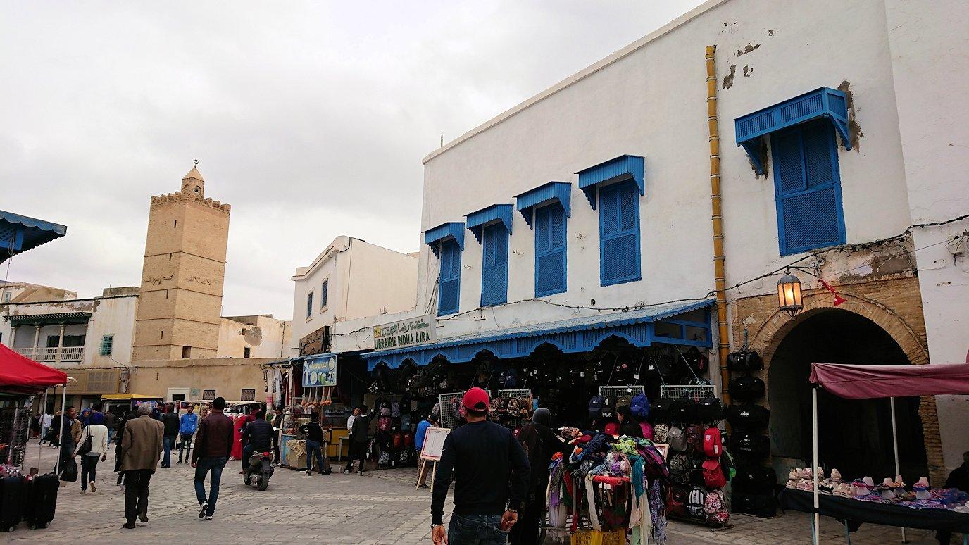 ケロアンのグランドモスクの観光が終了しメディナを散策し写真に撮る6