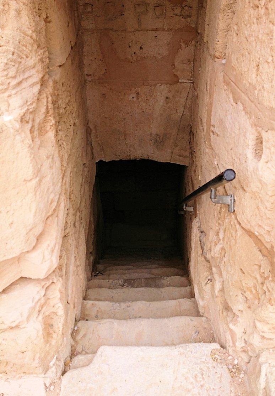 エルジェムの円形闘技場で次は地下に通じる道を進みます4