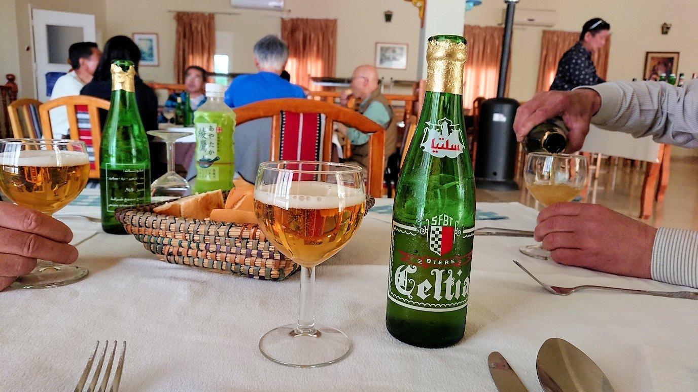 チュニジア・エルジェムにあるHotel club ksar Eljemびレストランに入る7