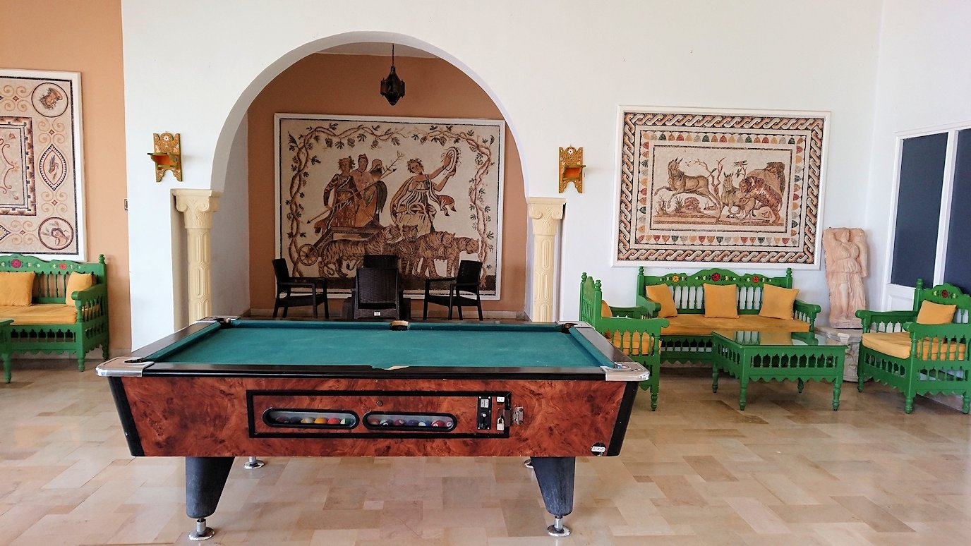チュニジア・エルジェムにあるHotel club ksar Eljemの周りを散策2