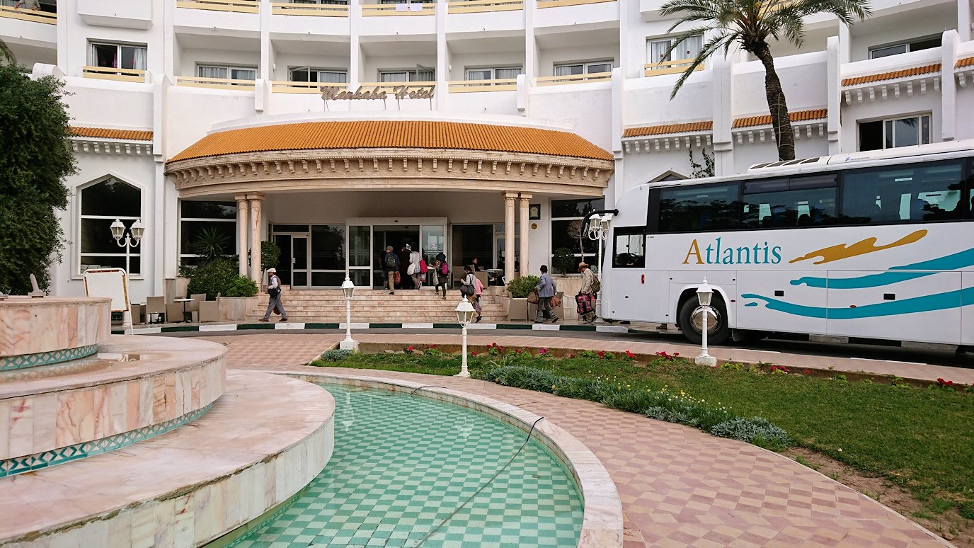 チュニジアのスースの街にある「マルハバ ロイヤル サレム」ホテルに到着