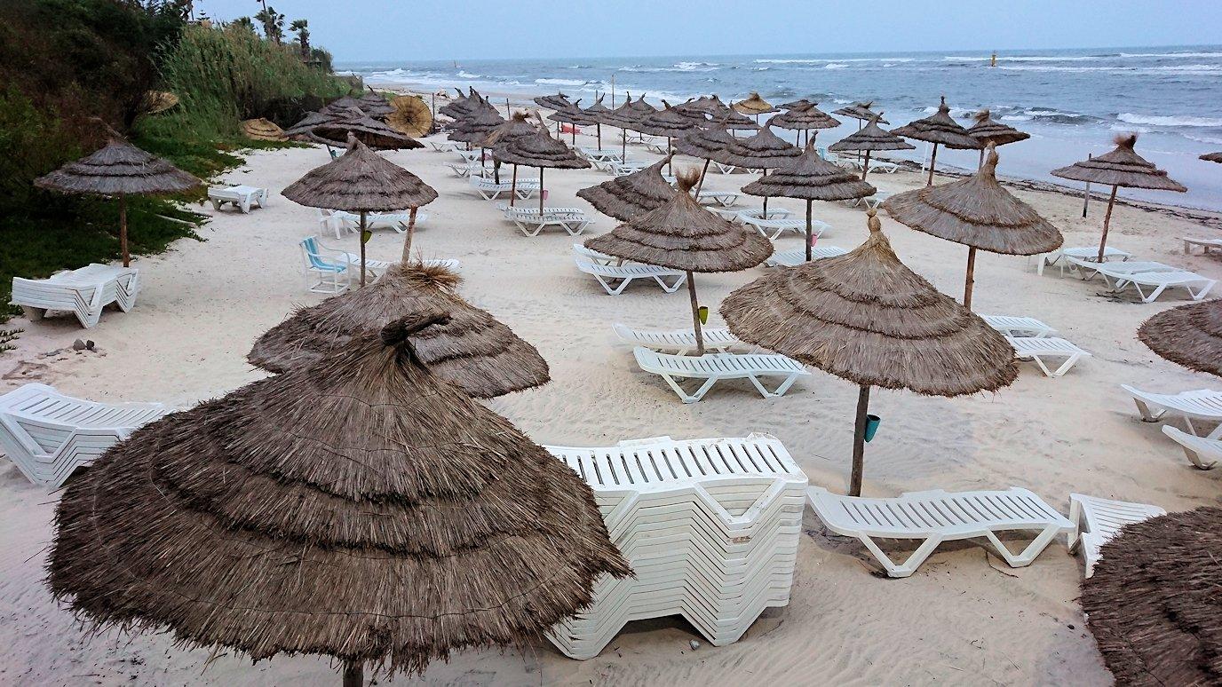 チュニジアのスースの街にある「マルハバ ロイヤル サレム」ホテルで朝日を迎える8