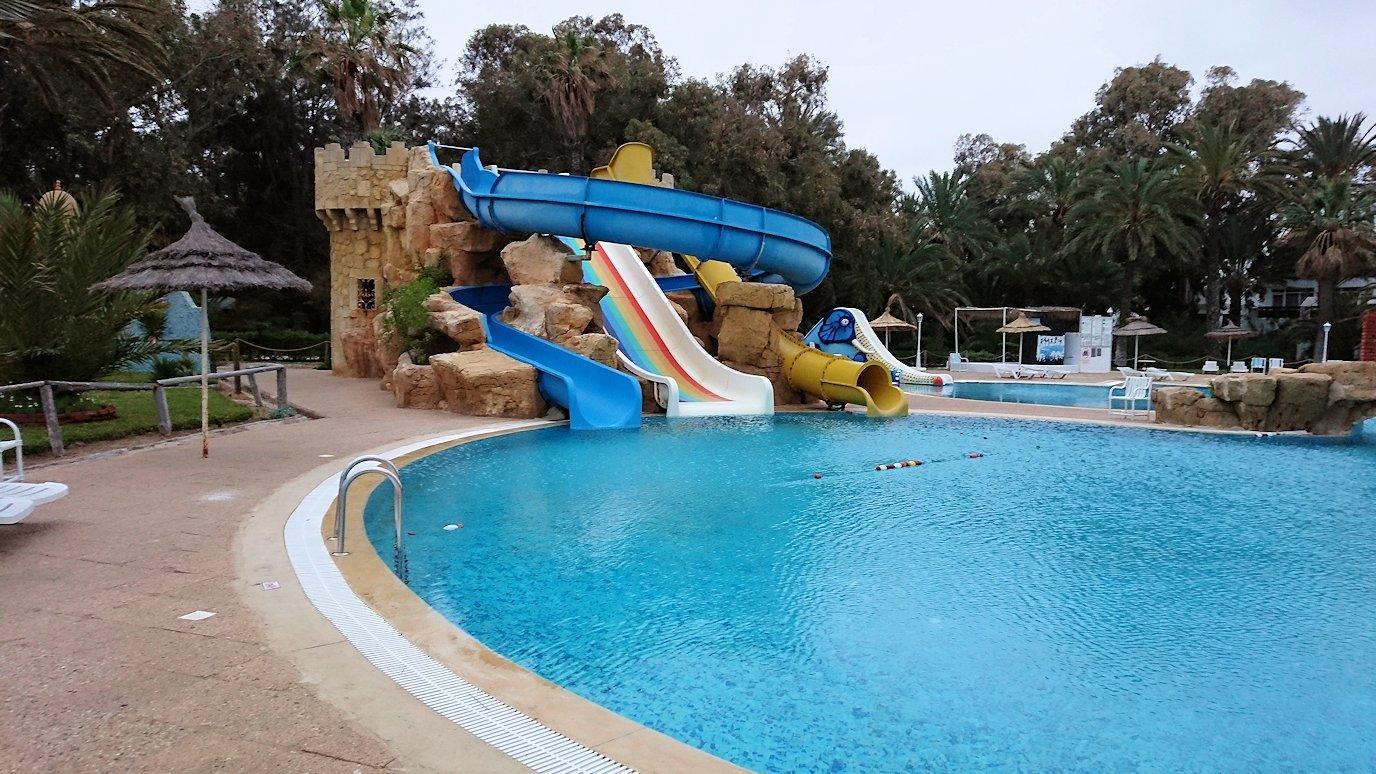 チュニジアのスースの街にある「マルハバ ロイヤル サレム」ホテルで朝敷地内を散策
