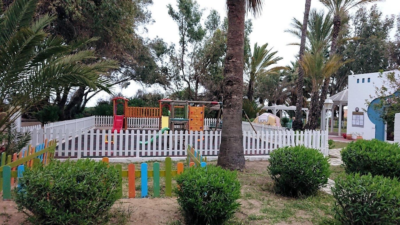 チュニジアのスースの街にある「マルハバ ロイヤル サレム」ホテルで朝敷地内を散策2