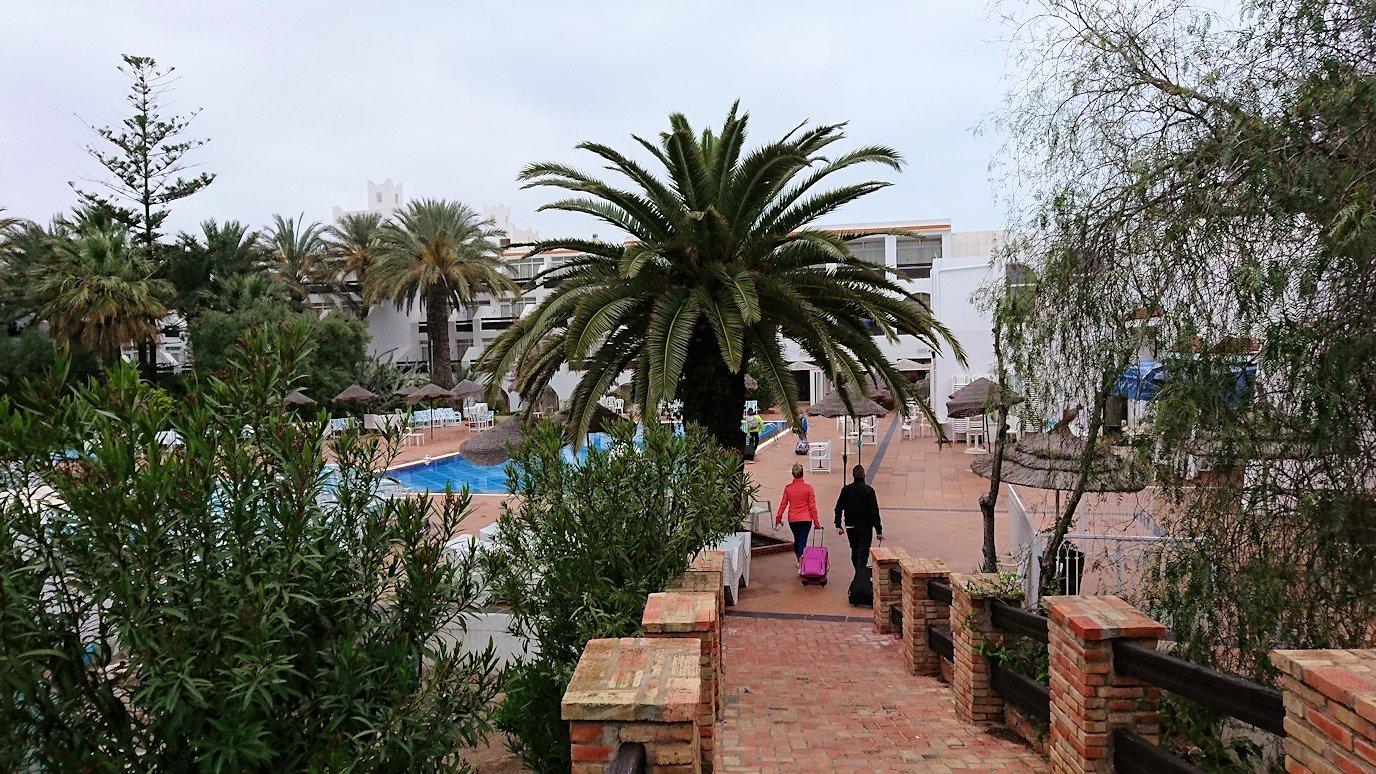 チュニジアのスースの街にある「マルハバ ロイヤル サレム」ホテルで朝散歩してから朝食へ