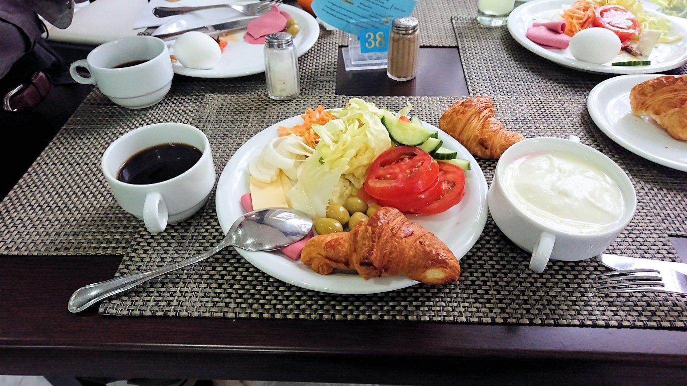 チュニジアのスースの街にある「マルハバ ロイヤル サレム」ホテルで朝散歩してから朝食を食べます4