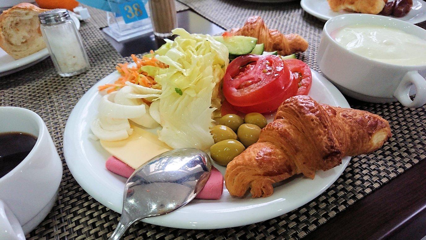 チュニジアのスースの街にある「マルハバ ロイヤル サレム」ホテルで朝散歩してから朝食を食べます5