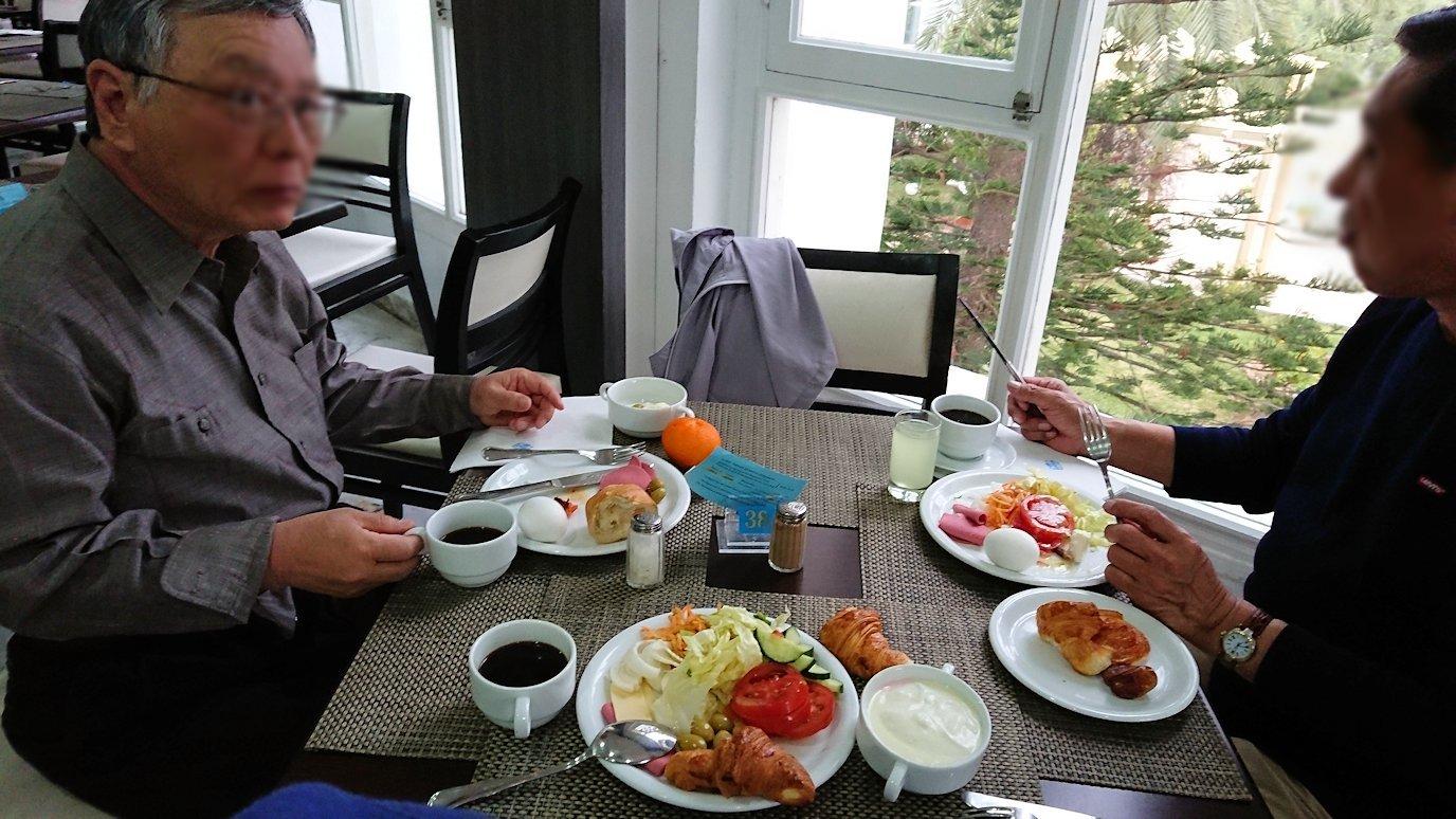 チュニジアのスースの街にある「マルハバ ロイヤル サレム」ホテルで朝散歩してから朝食を食べます6