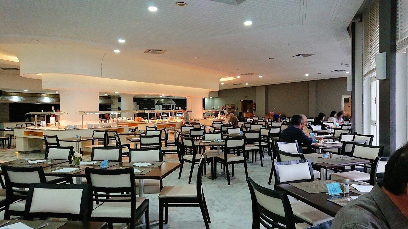 チュニジアのスースの街にある「マルハバ ロイヤル サレム」ホテルで朝散歩してから朝食を食べます7