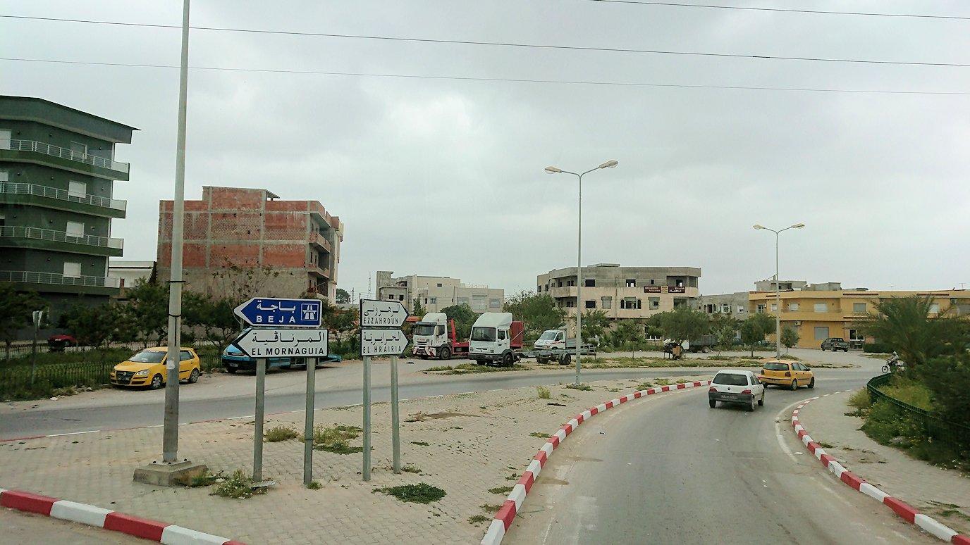 チュニジアのスースの街にある「マルハバ ロイヤル サレム」ホテルからドゥッガ遺跡に向けて移動する途中の景色9
