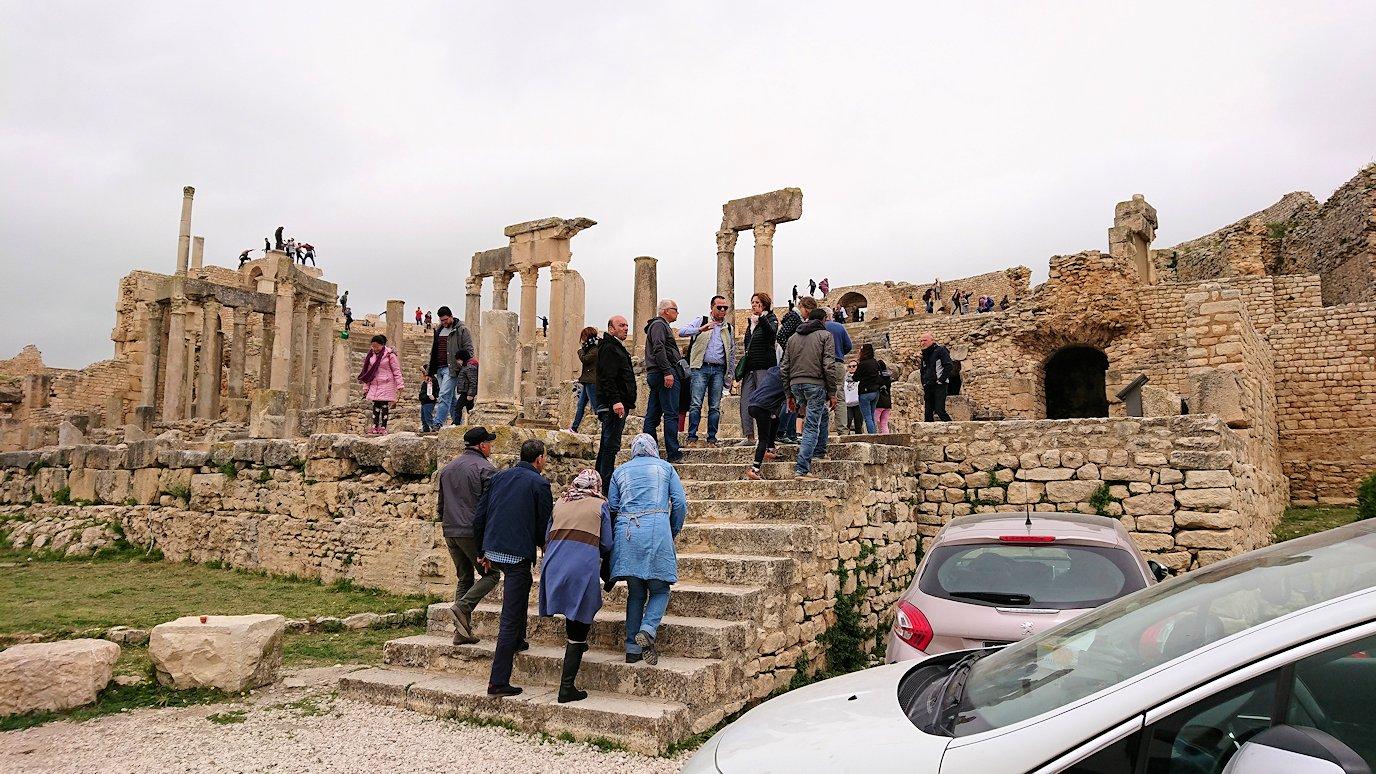 チュニジアのスースの街にある「マルハバ ロイヤル サレム」ホテルからドゥッガ遺跡に到着