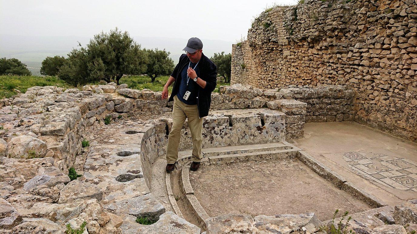 チュニジアのドゥッガ遺跡内をグルグル見学します4