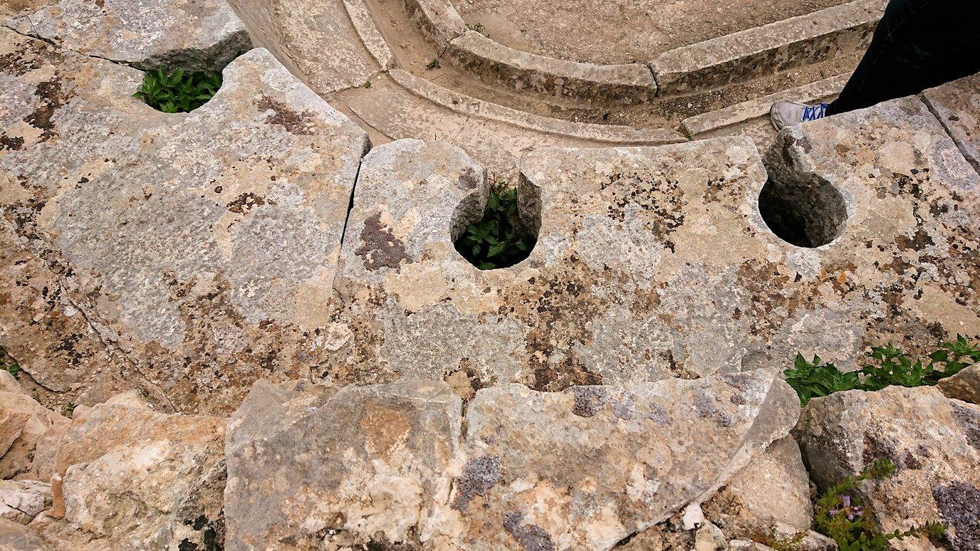 チュニジアのドゥッガ遺跡内をグルグル見学します7