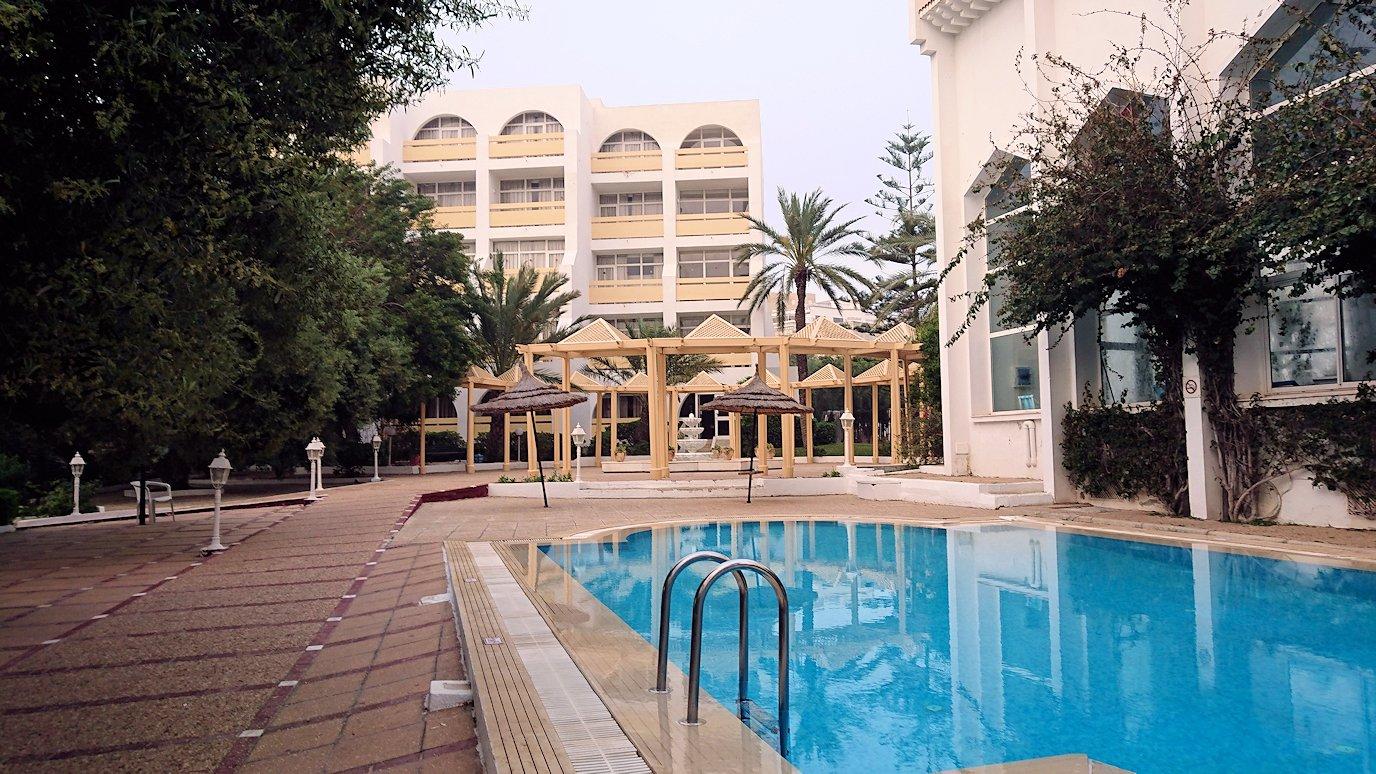 チュニジア:スースのホテルで朝日を楽しみにホテル内を散策2