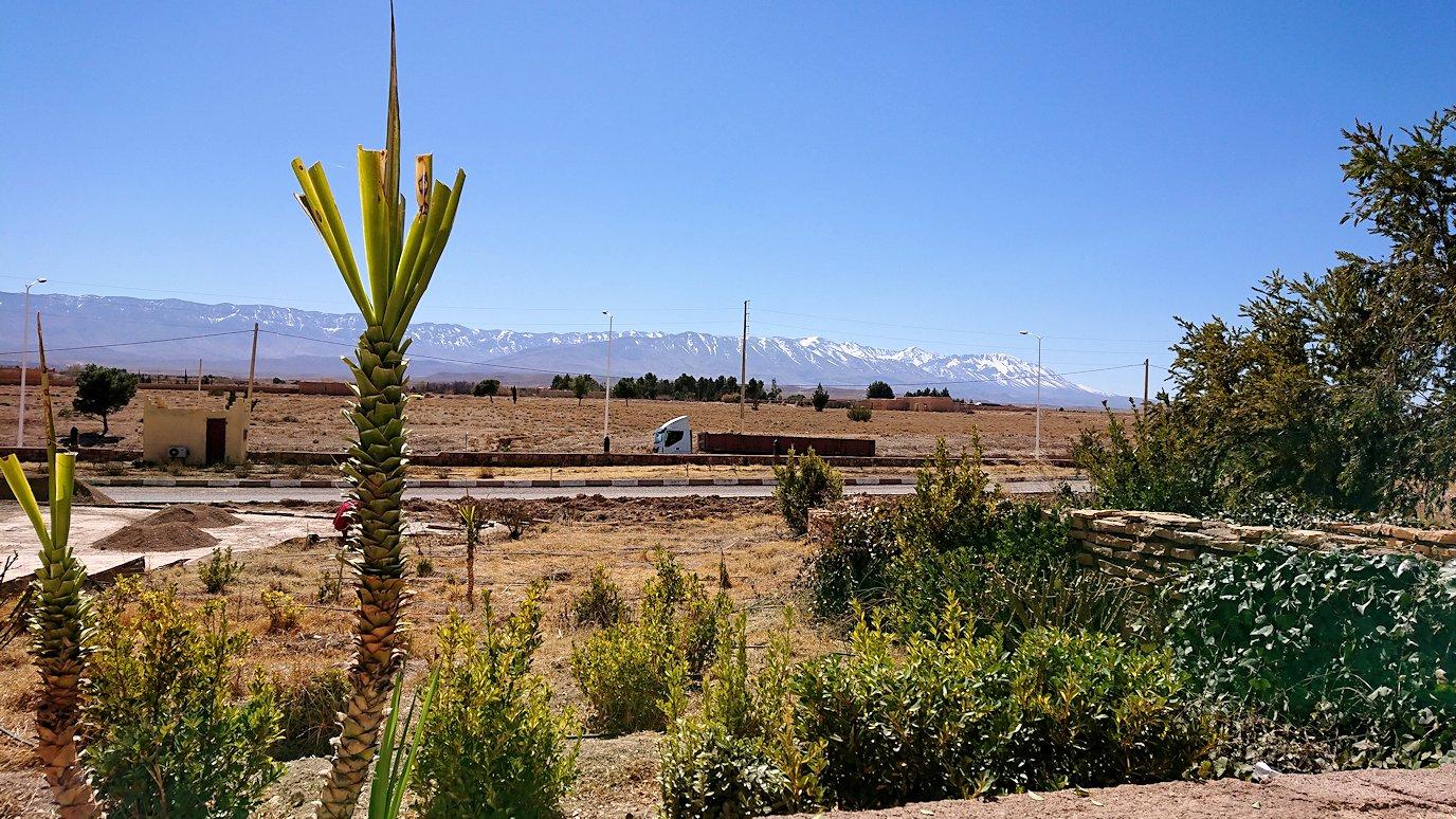 モロッコのミデルトのタダートホテル周辺の景色4