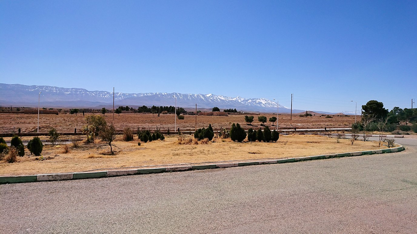 モロッコのミデルトのタダートホテル周辺の景色7