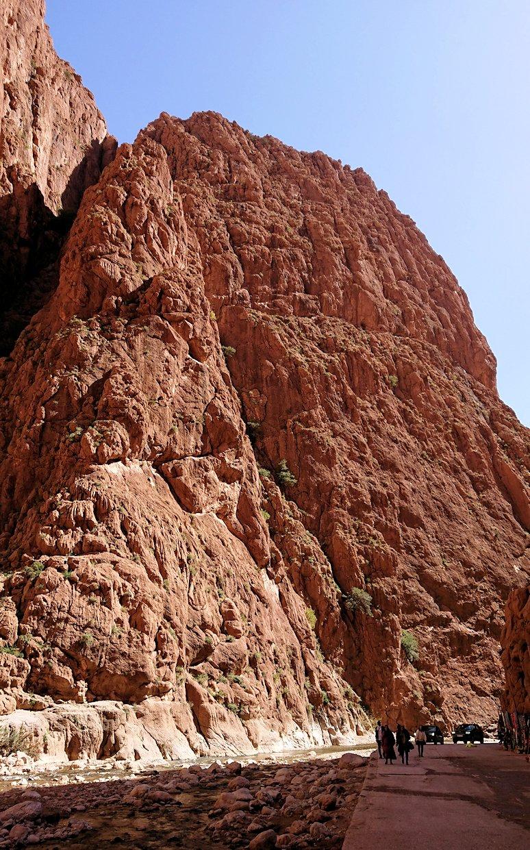 モロッコのトドラ渓谷の景色を楽しむ6