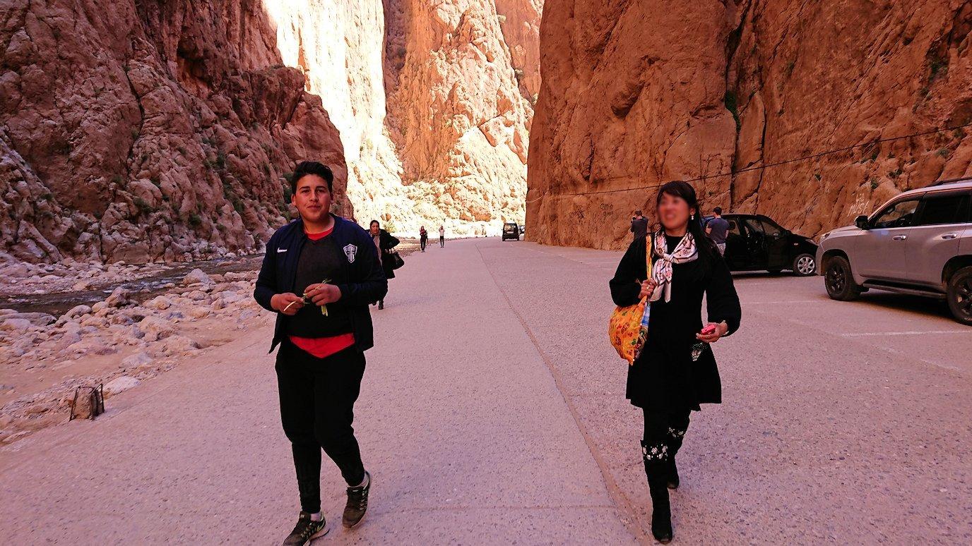 モロッコのトドラ渓谷の景色を楽しむ9
