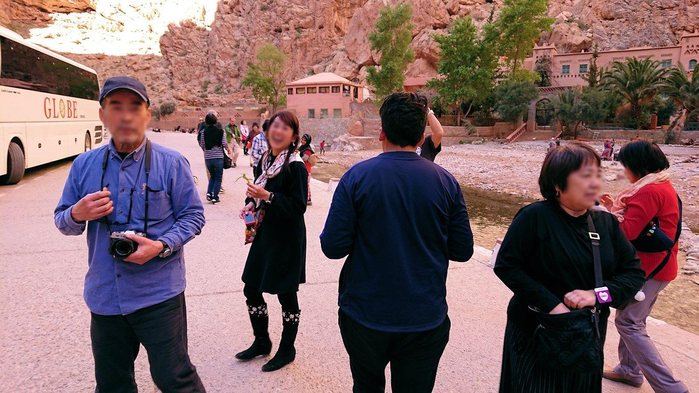 モロッコのトドラ渓谷を近くで眺める6