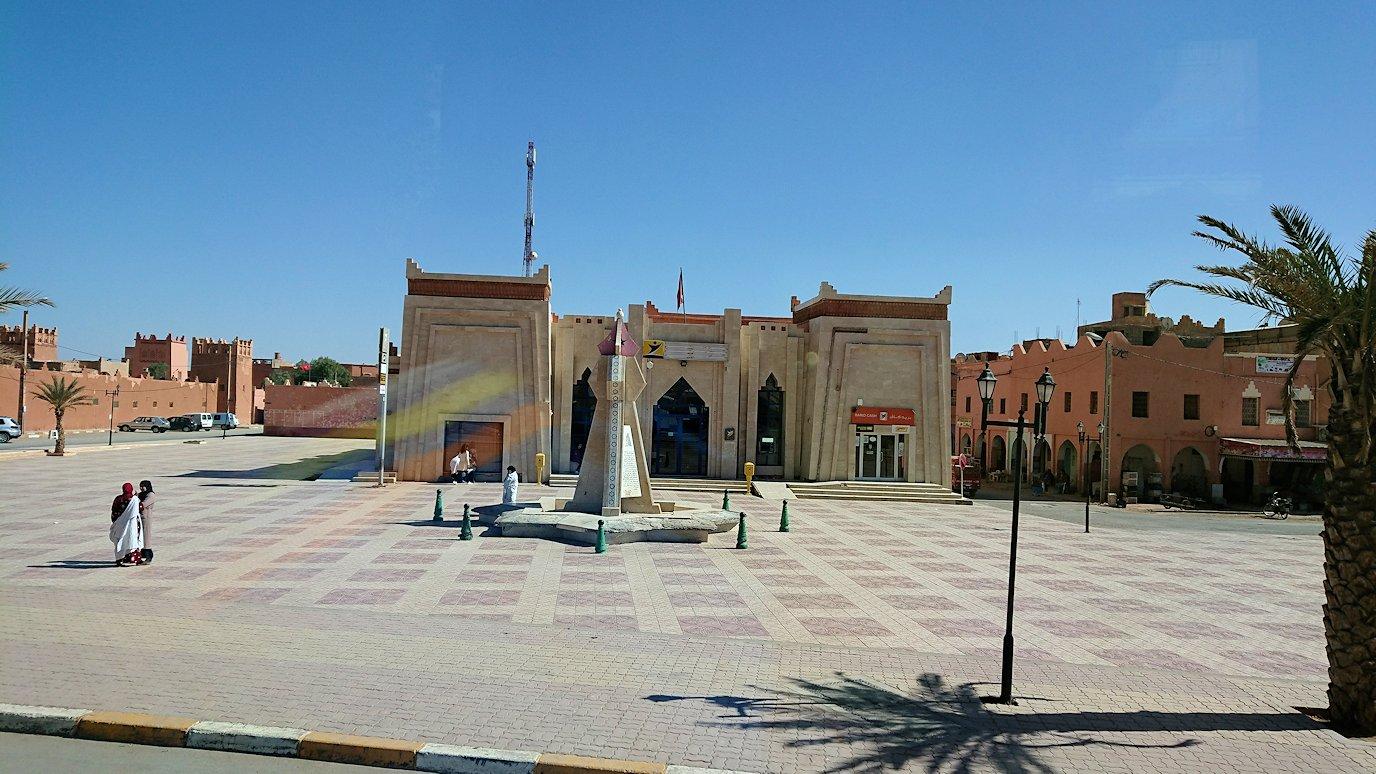 モロッコのトドラ渓谷からワルザザートへ向かう1