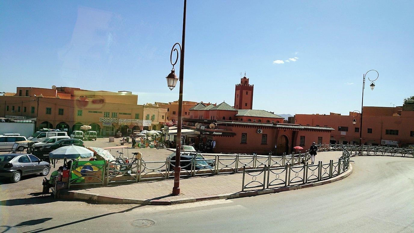 モロッコのトドラ渓谷からワルザザートへ向かう2