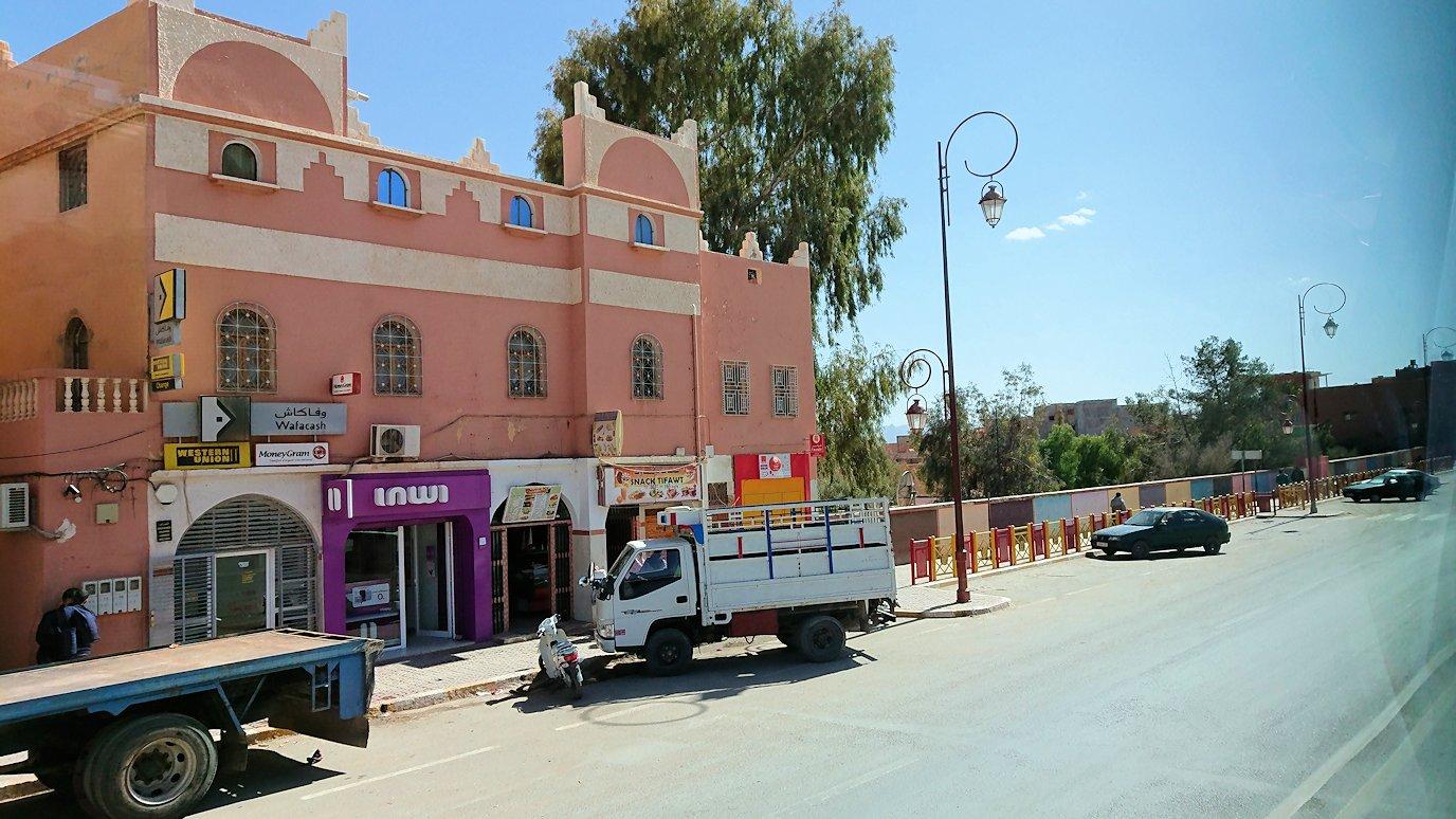 モロッコのトドラ渓谷からワルザザートへ向かう4