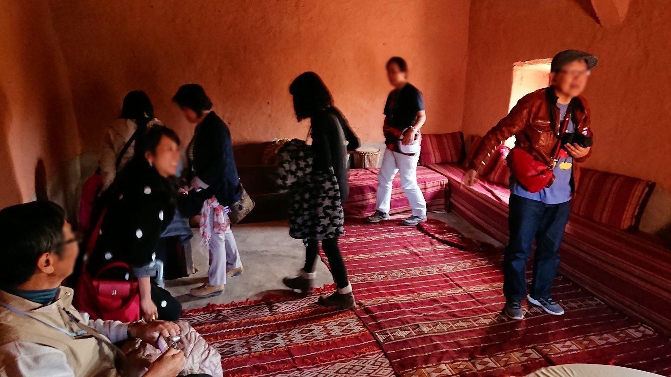 モロッコのワルザザートのアイト・ベン・ハッドゥで個人宅にお邪魔します5