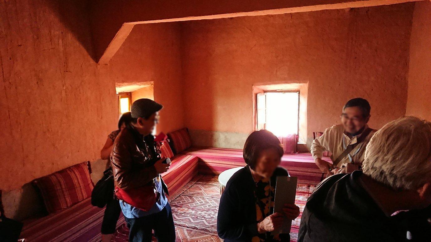 モロッコのワルザザートのアイト・ベン・ハッドゥで個人宅にお邪魔します6