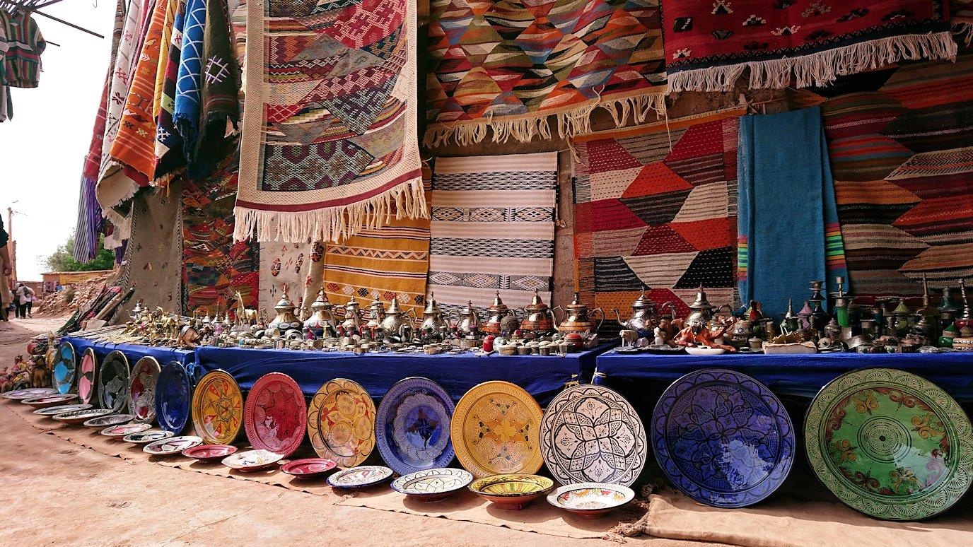 モロッコのワルザザートのアイト・ベン・ハッドゥで個人宅を散策9