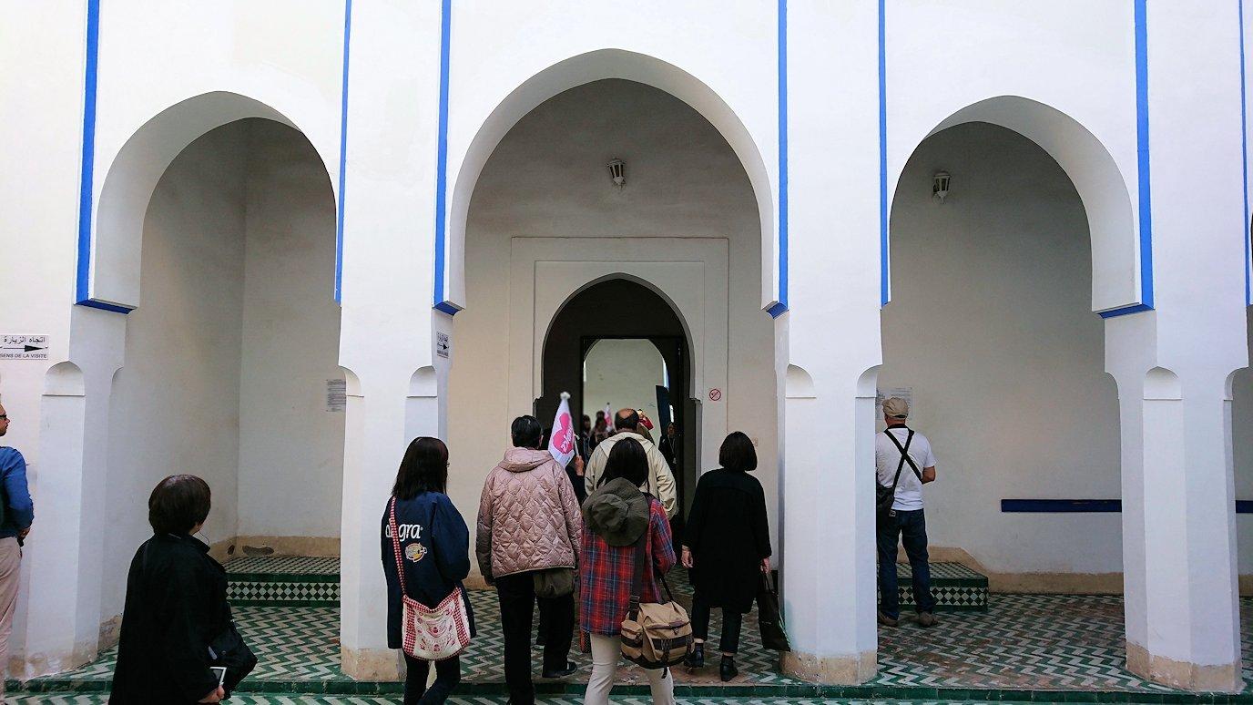 モロッコのマラケシュでバヒア宮殿を見学する