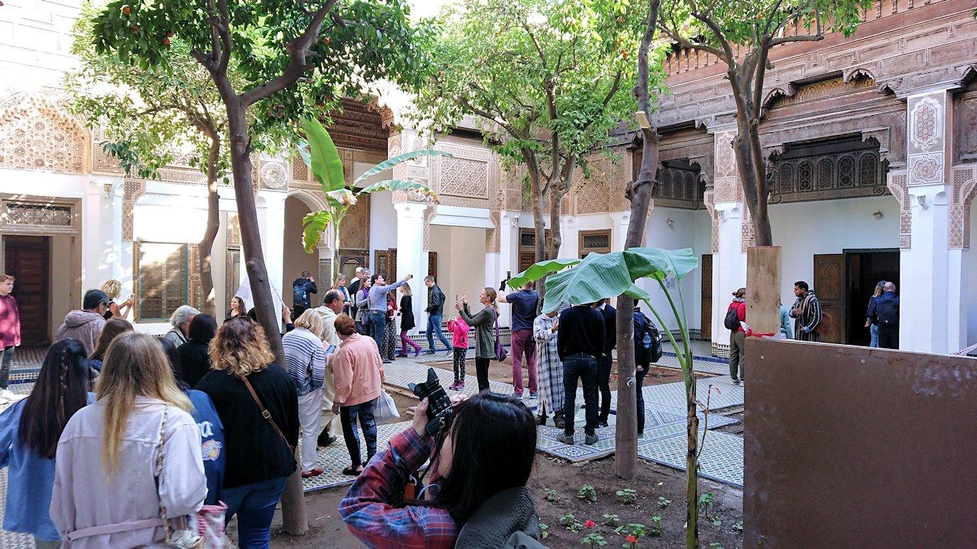 モロッコのマラケシュでバヒア宮殿を見学する3