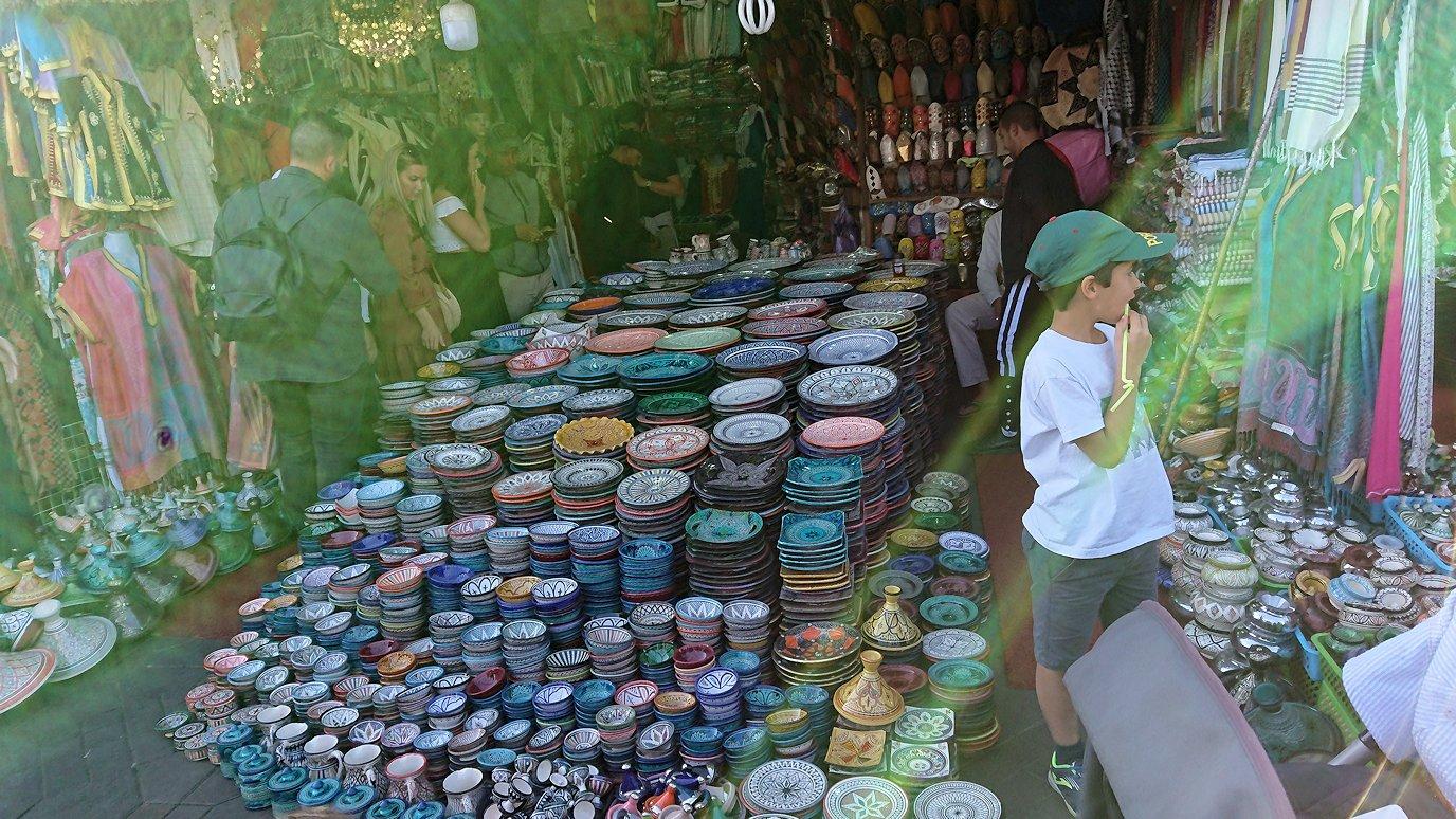 モロッコ・マラケシュでジャマ・エル・フナ広場辺りの様子4
