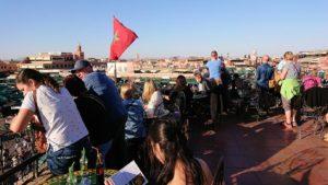 モロッコ・マラケシュでジャマ・エル・フナ広場のカフェを満喫1