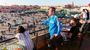 モロッコ・マラケシュでジャマ・エル・フナ広場のカフェを満喫6