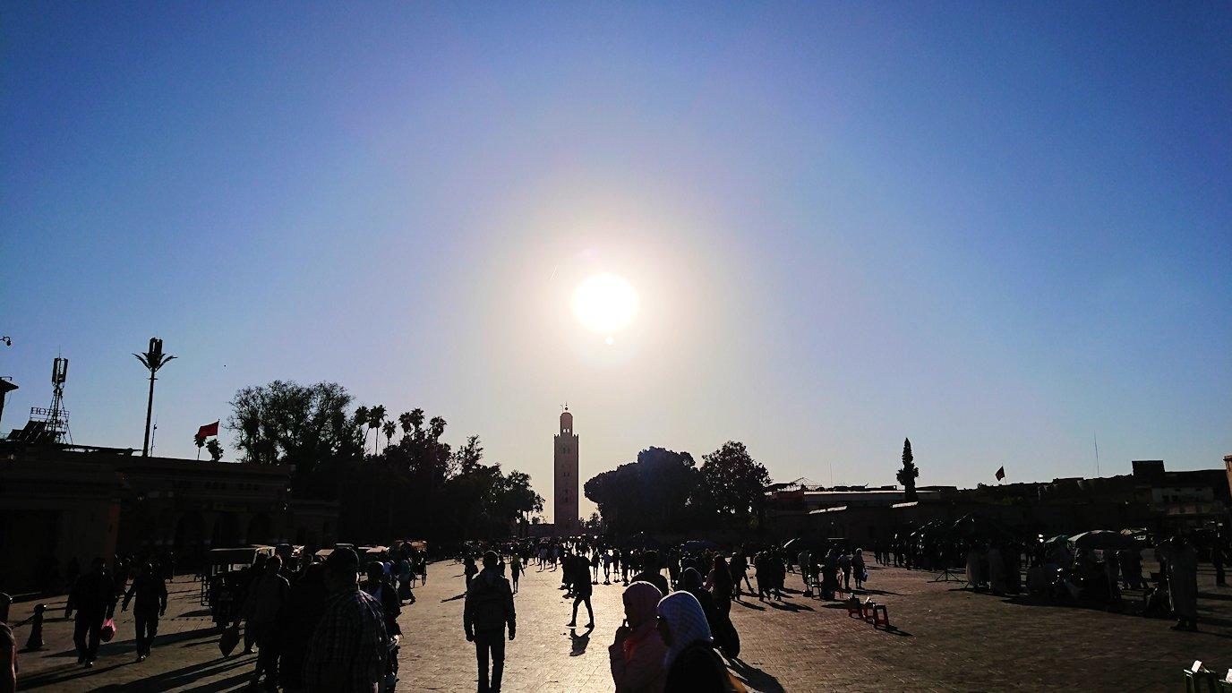 モロッコ・マラケシュでジャマ・エル・フナ広場を散策し見かけた景色1