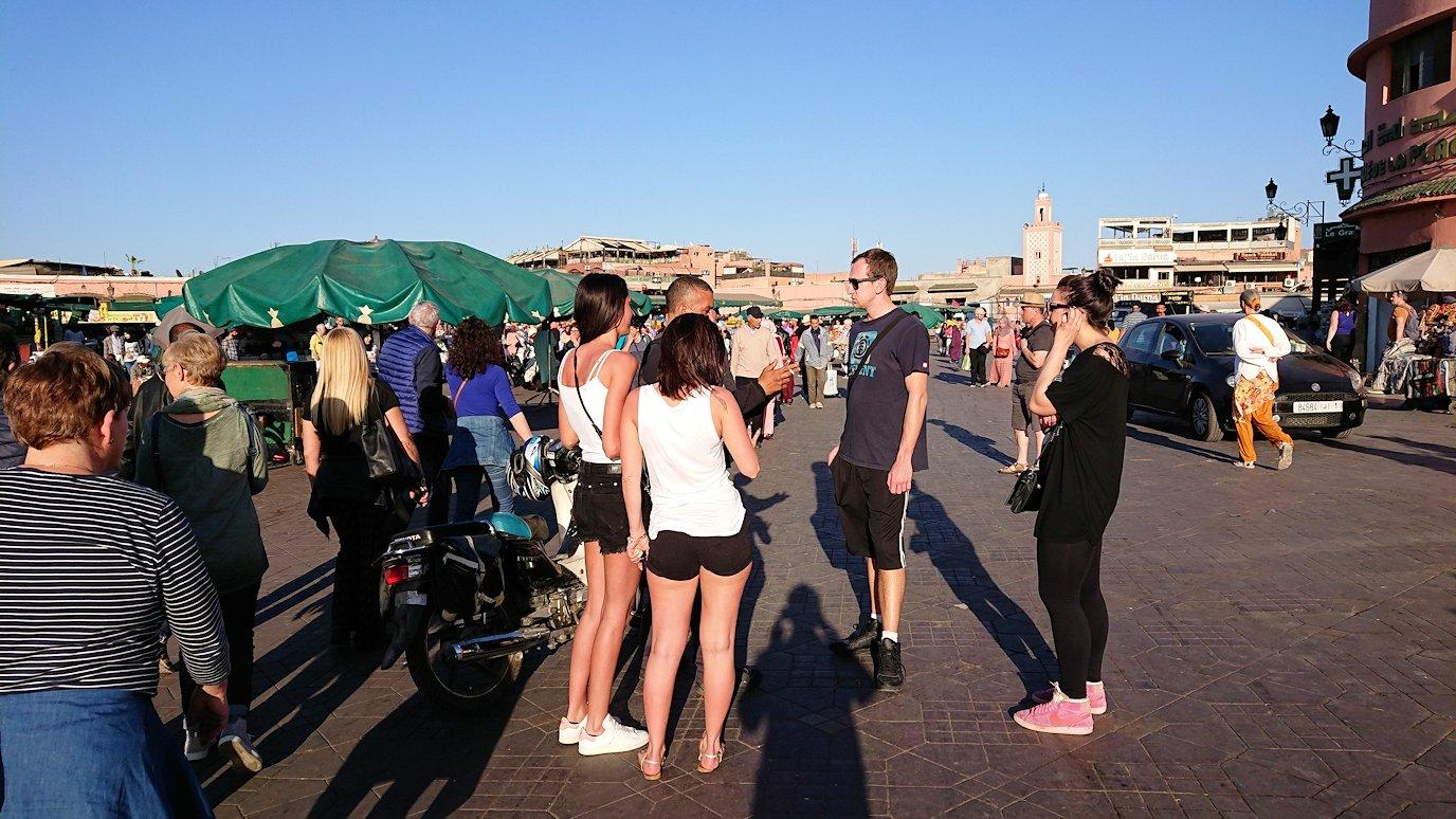 モロッコ・マラケシュでジャマ・エル・フナ広場を散策し見かけた景色2