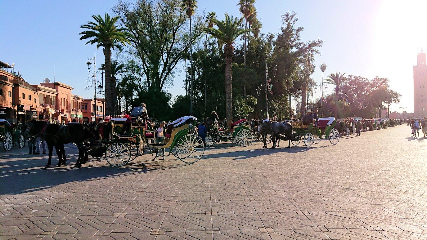 モロッコ・マラケシュでジャマ・エル・フナ広場を散策し見かけた景色5