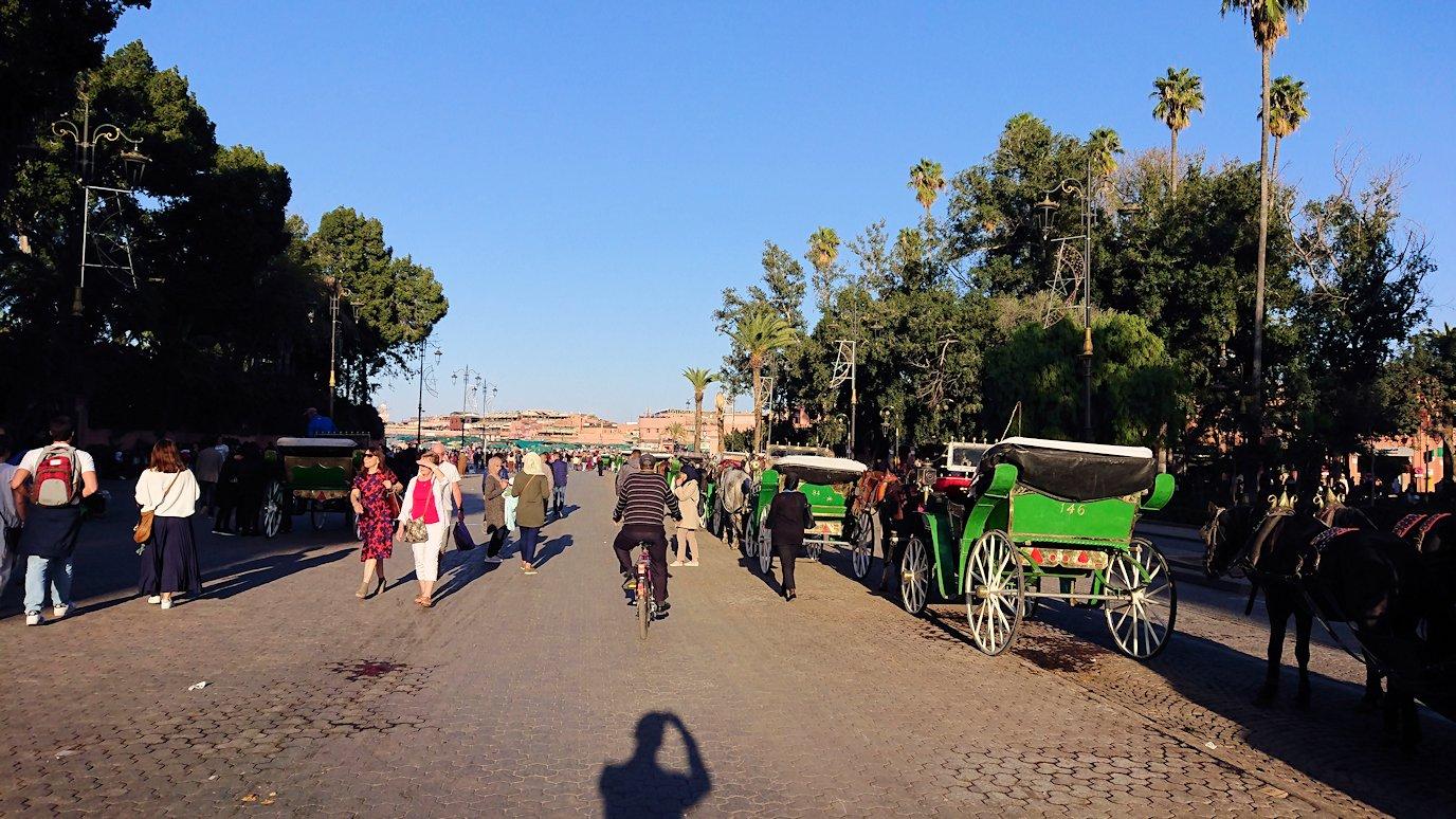 モロッコ・マラケシュでジャマ・エル・フナ広場を散策し見かけた景色9